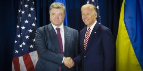 US-Vizepräsident Joe Biden (rechts) und der ukrainische Präsident Petro Poroschenko bei einem Treffen im September 2016   Foto: Shutterstock
