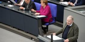 AfD-Fraktionsvorsitzender Alexander Gauland 2018 im Bundestag | Foto: Shutterstock