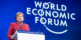 Angela Merkel am 23. Januar 2020 auf dem World Economic Forum in Davos   Bild: WEF/Ciaran McCrickard